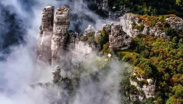 壁纸 风景 旅游 瀑布 山水 桌面 640_362